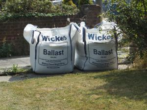 09 - Bags Of Ballast
