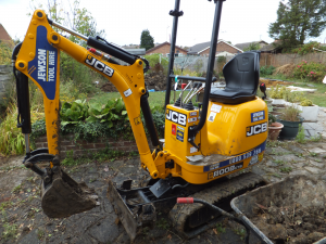 14 - Mini excavator